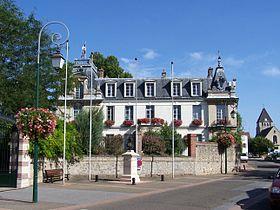 mairie Plaisir