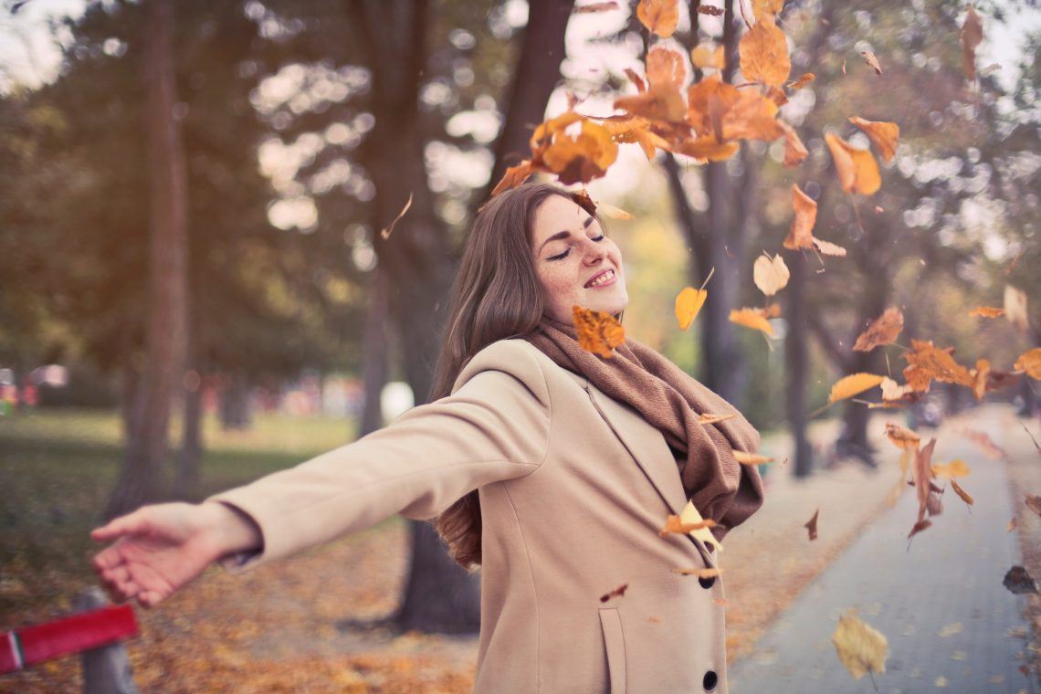 photo femme heureuse