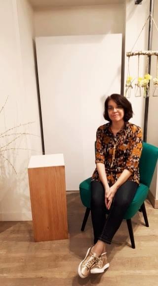 Catherine Archambault dans son cabinet