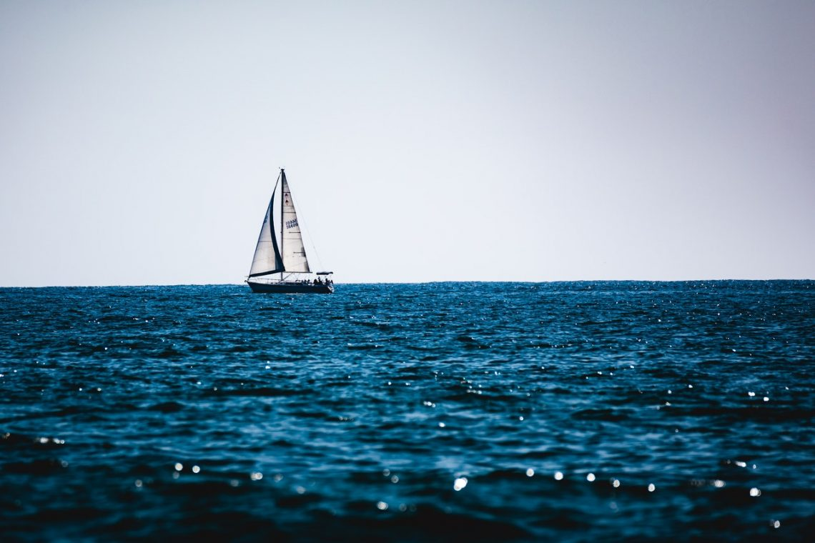 bateau large