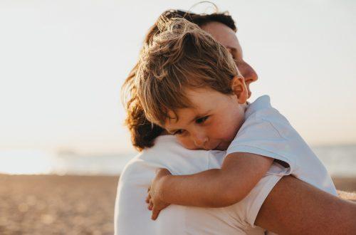 femme et son enfant